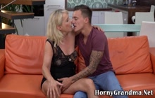 Kinky cougar gets ass eaten